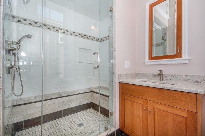 1masterbathroom1
